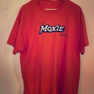 Maine moxie shirt! Maine's fave soda! Sz xl